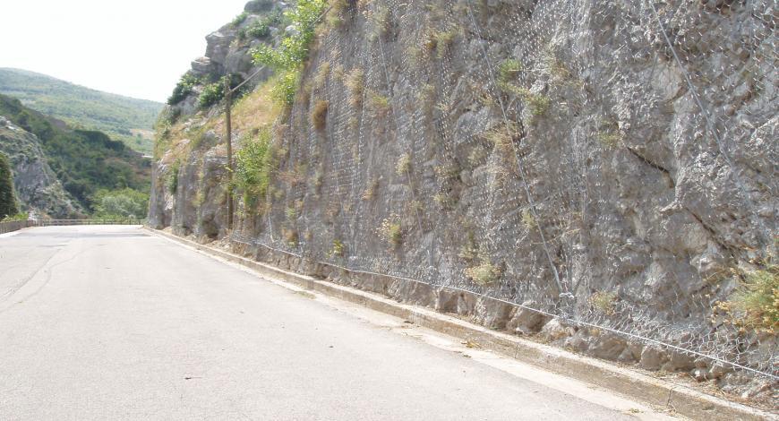 Palermo: interventi di consolidamento delle pareti rocciose di Monte Pellegrino