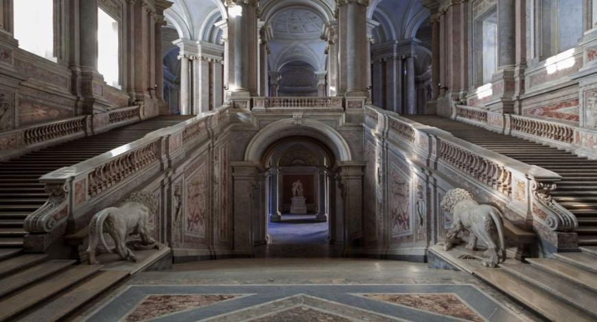 Reggia di Caserta: opere di restauro e riqualificazione urbana di piazza Carlo III
